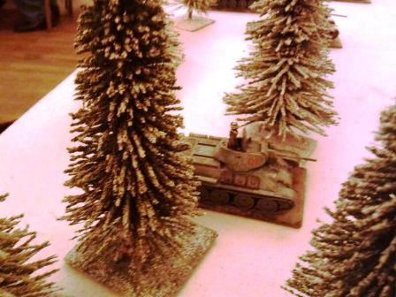 T34 COY. HQ DIRECTS THE SOVIET ADVANCE